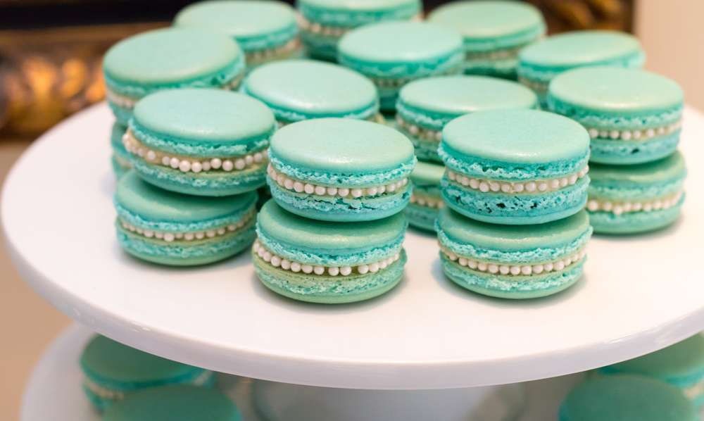 breakfast at tiffanys macaroons
