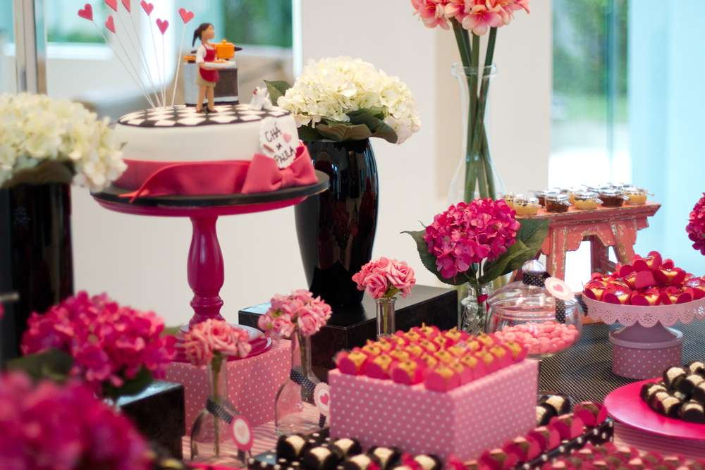 64f7b527204f Love is in the Air Bridal Shower - Bridal Shower Ideas - Themes