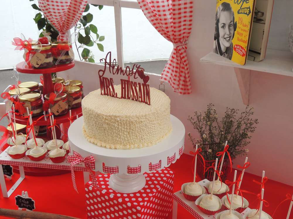 Retro Red And White Bridal Shower - Bridal Shower Ideas ...